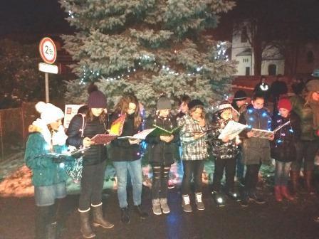 Rozsvícení vánočního stromu v Chrášťanech 2018